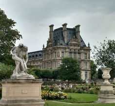 Capturing the essence of the City of Light   Expedia Viewfinder Travel Blog