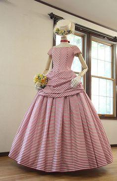 ローブ・ドゥ・マリエ セツコアオキ No.24-0029 | ウエディングドレス選びならBeauty Bride(ビューティーブライド)