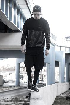 Street fashion black   Raddest Looks On The Internet http://www.raddestlooks.net