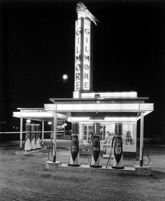 Gas station, 1930s