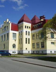 Oulun suomalainen yhteiskoulu; Kuusiluodon ya ja lukio Countries, House Styles, Finland