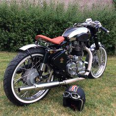 Royal Enfield - Bullet 500 Kit Hitchcock #bobber