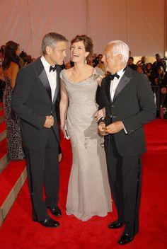 Pin for Later: 75 unvergessliche Momente der Met Gala George Clooney, Julia Roberts und Giorgio Armani — 2008 Giorgio Armani, Stunning Dresses, Pretty Dresses, George Clooney Julia Roberts, Julia Roberts Style, Celebs, Celebrities, Best Actress, Pretty Woman