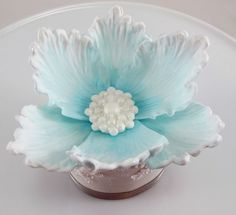 Tutorial - Brush Embroidery - by TashasTastyTreats @ CakesDecor.com - cake decorating website