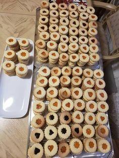 Linecké z jogurtu, bez vajec Cake Recipes, Waffles, Cereal, Food And Drink, Xmas, Pie, Sweets, Cookies, Baking