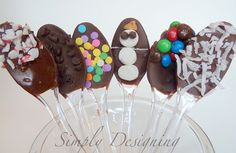 *Enter to win a babycakes Cupcake Maker here*I love hot cocoa! But what makes hot cocoa better?  Hot Cocoa Spoons! They are so simple to make, but they are really fun and yummy.  I've made these before, but when I saw this post here, I became re-inspired to make my hot cocoa spoons extra festive... Read More »