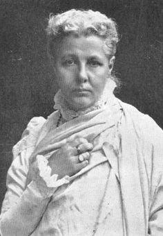 Annie Wood Besant (Londres, 1 de octubre de 1847 - Adyar, 20 de septiembre de 1933) fue una escritora ocultista británica. Fue periodista, feminista, revolucionaria, socialista, y líder activista a favor de la independencia de Irlanda, de la unificación e independencia de Italia, y luego de la India, llegando a ocupar la presidencia del Congreso Nacional Indio. Conversa a la religión islamica.