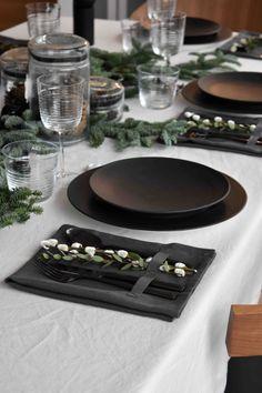 Into the wood Christmas table - MK Design London