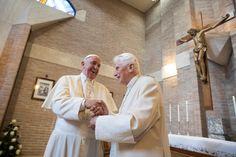 El Papa Francisco y Benedicto XVI - © Osservatore Romano