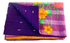 Flower kantha quilts/ kantha reversibal kantha quilts /BY #CraftsOfGujarat #craftnfashion #meghcraft #indianethnicjewelry