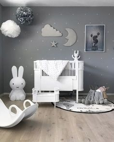 A beautiful kid's room by @stinejmoi, Miffy lamp, Rosaline doll bed and OYOY The World rug are all available at www.istome.co.uk