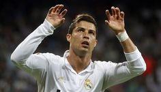 24/09/2011 Cristiano Ronaldo.El Real Madrid ha finalizado con la 'maldición' que le perseguía en el estadio de Gerland tras vencer (0-2) al Olympique de Lyon, lo que le sirve al conjunto blanco para mantener la imbatibilidad en esta edición de la Liga de Campeones.DEPORTESREUTERS