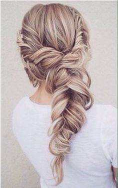 Bohemian hairstyles are worth mastering because they are creative, pretty and so wild. Plus, boho hairstyles do not require much time and effort to do. See more fabulous boho hairstyles. (braided hairstyles for long hair wedding)