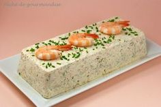 Terrine de St-Jacques, saumon et crevettes à la crème citronnée