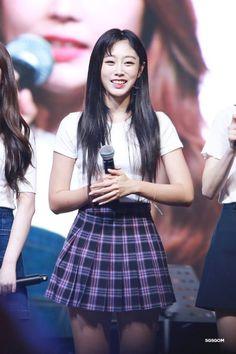 Lovelyz - Jisoo Ji Soo, Skater Skirt, Punk, Skirts, Kpop, People, Style, Fashion, Moda