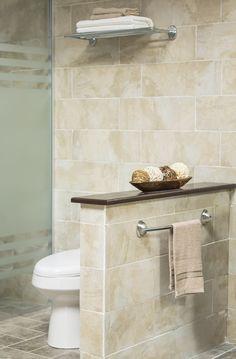 Complementa la decoración de tu baño con prácticos accesorios.