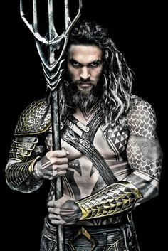 A Hi-Res Promo Photo of Jason Momoa's Aquaman