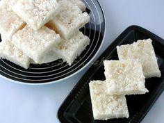 Thengai Burfi / Coconut Fudge