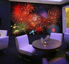 Decoración Fotomural Wizard Genius Fireworks 131, imagen de noche de fuegos artificiales de colores.