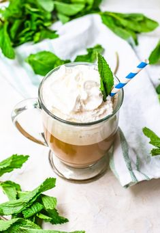 This easy, vegan almond milk latte is flavored with a delicious vanilla mint syrup and makes the perfect start to the day! Tea Recipes, Smoothie Recipes, Drink Recipes, Almond Milk Coffee, Iced Latte, Coconut Whipped Cream, Food Words, Homemade Vanilla