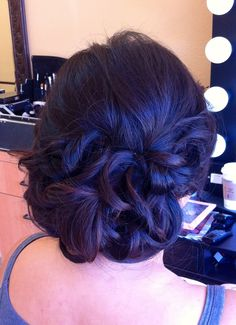 Wedding up do - romantic hair style - low bun with curls - loose low bun - Asian hair   www.imagibyfiona.com