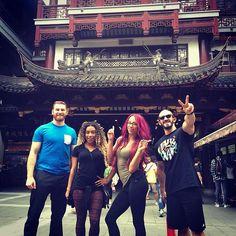 @SashaBanksWWE, @joseann_alexie, #Neville and #SamiZayn explored the Yu Garden…