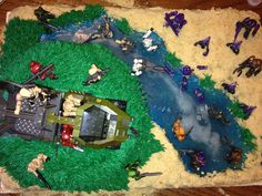 Halo cake idea for lucas's birthday. Halo Birthday Parties, 9th Birthday, Birthday Party Invitations, Birthday Party Themes, Birthday Cakes, Birthday Ideas, Halo Cake, Halo Party, Minecraft Cake