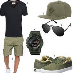 Männer-Style für den Sommer mit Tommy Hilfiger Shirt, Djinns Cap, schwarzer Pilotenbrille, Casio G-Shock, Supra Schuhen und khaki Shorts.