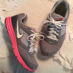 Nike lunarlon womens 9 pink grey Have been worn. Smoke free pet free home. Left Nike check need to be glued back down on back edge. See picture. Nike Shoes Sneakers