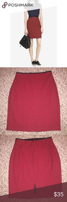 Express Long Red Black Houndstooth Skirt New without tags. Shell: 61% polyester 34% viscose 5% elastane. Trim Fabric: 60% polyurethane 40% polyester Lining: 95%polyester 5% spandex. ✨Save $$$ when bundling with other items. 📍NO TRADE Express Skirts Midi