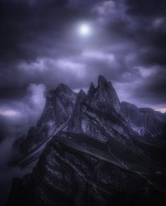 landscape photography night starry sky moon clouds clouds alps mountains light height fog alps Niko Rinaldi nicorinaldi