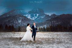Ďakujeme za možnosť fotiť včerajšiu svadbu v kruhu úzkej rodiny našich drahých priateľov Julky a Blažeja 🕊️ Prajeme vám do spoločného života veľa zázračných momentov, nech sú rovnako osudové ako vaše zoznámenie ❤️ #weddingportrait #weddingphotography #weddingphotographer #lookslikefilmweddings #slovakphotographer #nikon #nikon_cz_sk #weddingdress #bride #groom #love #slovakia #svadba #svadbing #svadobnyfotograf #shesaidyes #kezmarok #tatranskajavorina #hotelmonfort #monfort #hightatras… Wedding Dresses, Fashion, Bridal Dresses, Moda, Bridal Gowns, Wedding Gowns, Weding Dresses, Wedding Dress, Fasion