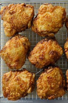 These Fried Chicken Thighs have a golden, crunchy breading with a juicy flavorful center. This easy chicken recipe is sure to become a family favorite! Fried Chicken Thighs Boneless, Fried Chicken Thigh Recipes, Crispy Baked Chicken Thighs, Chicken Thights Recipes, Making Fried Chicken, Crispy Fried Chicken, Easy Chicken Recipes, Chicken Ideas, Classic Macaroni Salad