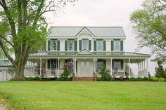 1867 Victorian in Carlinville, Illinois - OldHouses.com