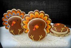 Turkey Cookies Turkey Cookies, Thanksgiving Cookies, Fall Cakes, Cookie Jars, Fall Halloween, Fall Recipes, Cookie Decorating, Sugar Cookies, Gingerbread Cookies