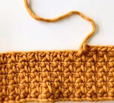 Crochet Stitches For Beginners, Easy Crochet Stitches, Crochet Videos, Crochet Basics, Crochet Stitch Tutorial, Knitting For Beginners, Chunky Yarn, Chunky Crochet, Crochet Yarn