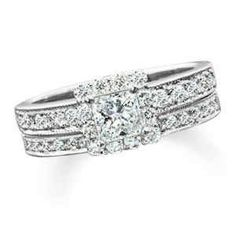 REDUCED-NEGOTIABLE 1.25 ctw diamond engagement ring/bridal weddingset - $1700 (Nacogdoches, Tx)