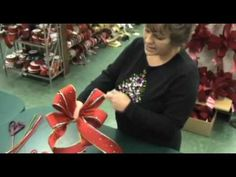 How To Make Christmas Bows! Watch the video! so cool!