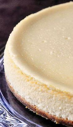 Just a Vanilla Cheesecake – How to Bake the Perfect Cheesecake Every Time [ Vacupack.com ] #dessert #quality #fresh