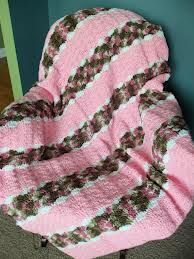 crocheted camo blanket - Cute for a baby girl or change the colors and make one for a baby boy!