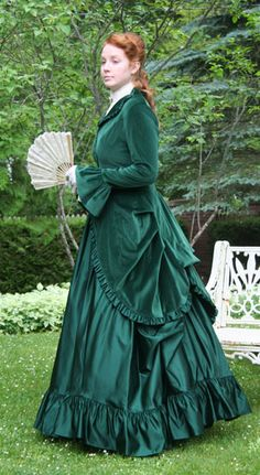 Green Velvet and Satin Polonaise, not sure if this could be used as evening wear... It doesn't seem like it.