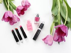 Check out my exclusive preview of the Guerlain La Petite Robe Noire Makeup Review and see how you could win $100 worth of beauty products!
