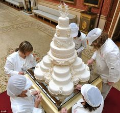 Kate and William's Wedding Cake