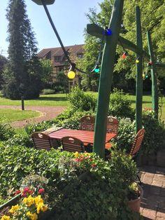 Biergarten der Parkgaststätte Laucha Park, Outdoor Structures, Garden, Beer Garden, Playground, Garten, Gardening, Parks, Outdoor