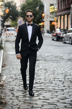All Black with this Single Breasted Suit which looks sexy, classy, clean and dramatic