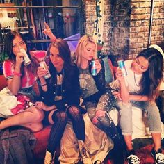 Lucy, Troian , Ashley and Shay on set of season 5 of pretty little liars