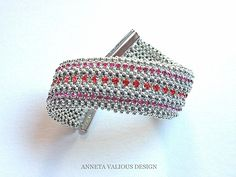 Right Angle Weave - scoll down for large,clear,step by step pictues ~ Seed Bead Tutorials