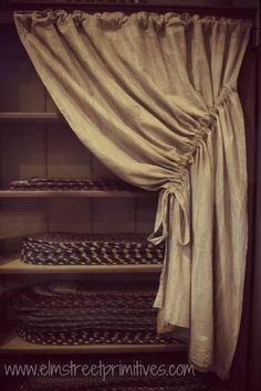 Primitive curtain for kitchen. SEW-SIMPLE ...but very cute...would ...