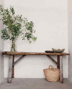 Embodying authenticity and natural imperfection, wabi-sabi design is Japan's answer to Scandi hygge - and it's currently trending. Decoration Hall, Entryway Decor, Decorations, Interior Decorating, Interior Design, Decorating Ideas, Scandinavian Home, Rustic Interiors, Inspired Homes