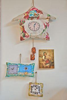 vintage clock hanging pillows